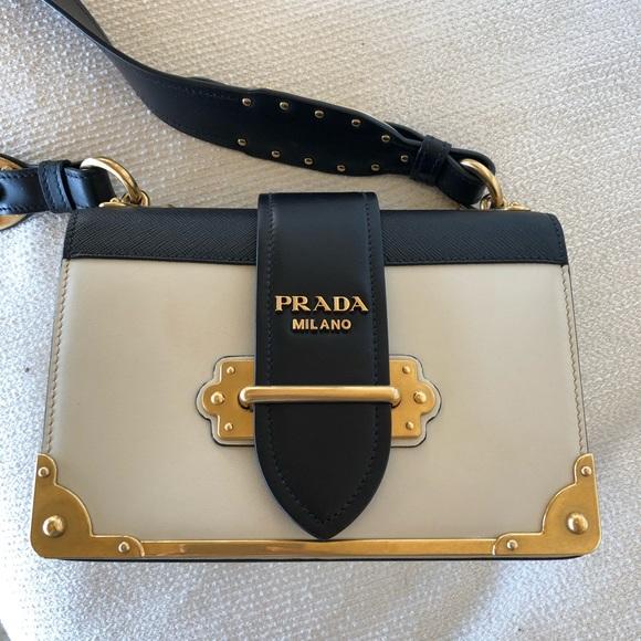 bc28f0164a88 Prada Cahier leather shoulder bag. M 5adcd7ae36b9de931e758284